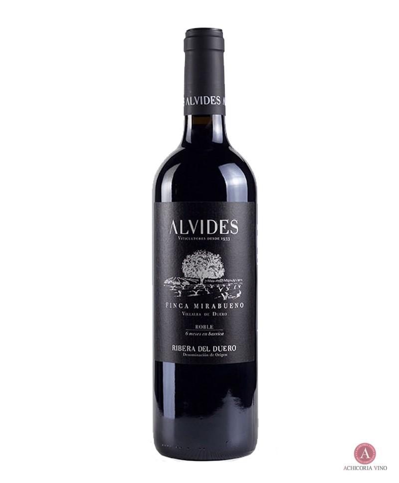 Vino tinto. Vinos Ribera del Duero. Botellas de vino. Tempranillo.