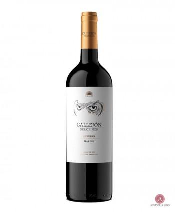 Vino tinto. Vinos Mendoza.Botellas de vino. 100% Malbec.