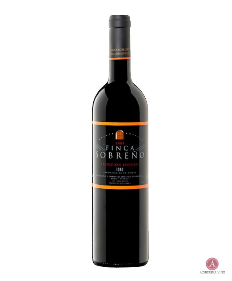 Vino tinto. Vino Toro. Botellas de vino. Tinta de Toro.