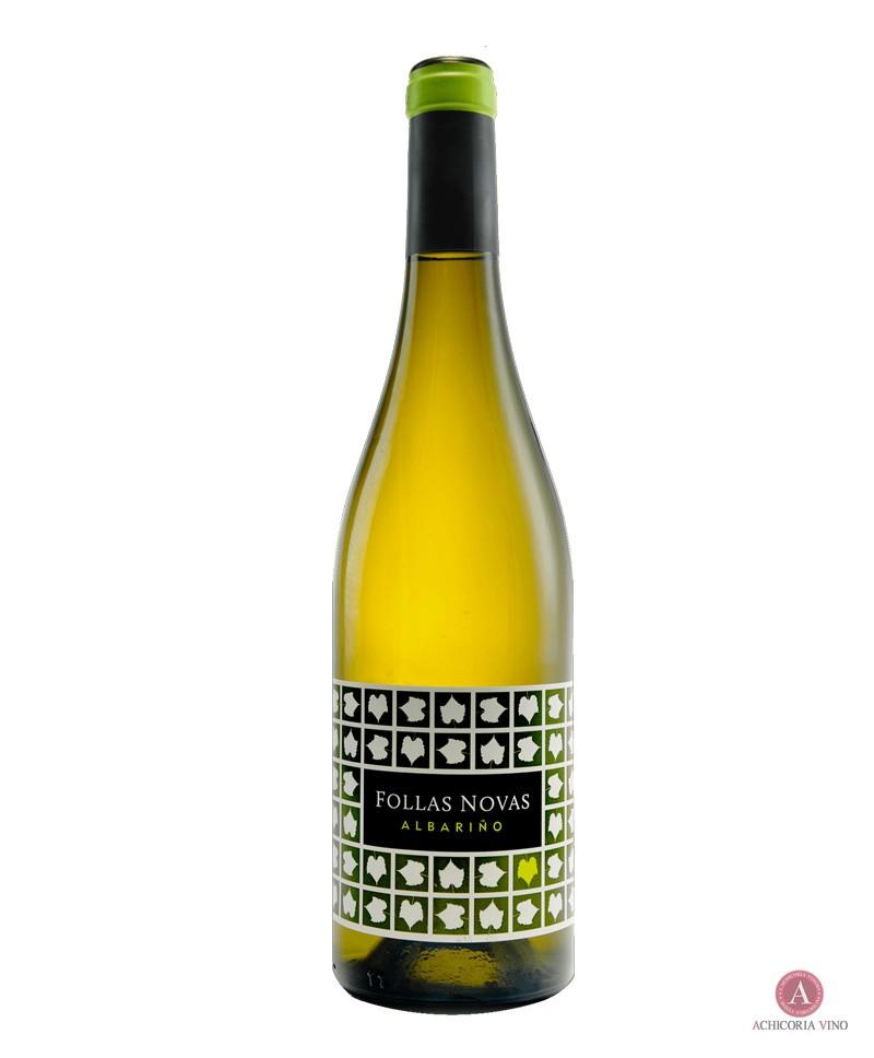 Vino blanco. Vino de Follas Novas. Botellas de vino. 100% Albariño.